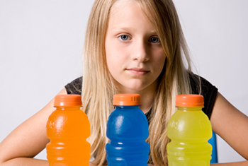 girl with sugary drinks